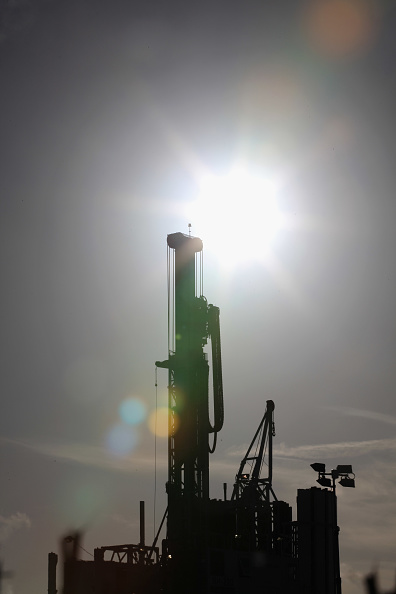 Shale「Blackpool's Shale Gas Drilling Begins」:写真・画像(1)[壁紙.com]