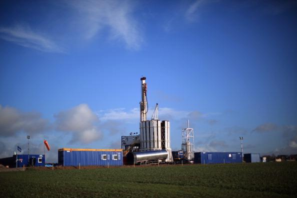 Shale「Blackpool's Shale Gas Drilling Begins」:写真・画像(15)[壁紙.com]
