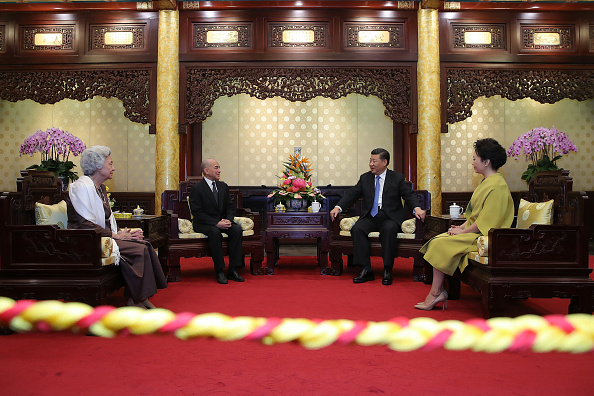 King Norodom Sihamoni「King of Cambodia Visits China」:写真・画像(14)[壁紙.com]