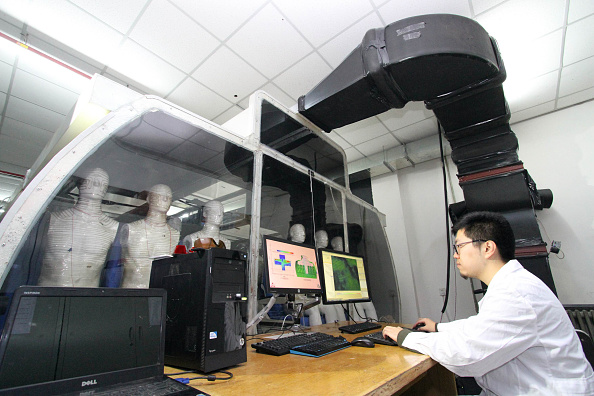 Passenger Cabin「Research Team From Tianjin University Simulate Cockpit Air Of C919 In Tianjin」:写真・画像(18)[壁紙.com]