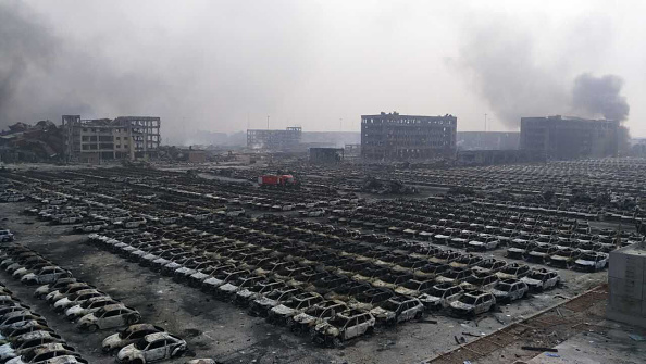 Exploding「Aftermath After The Massive Explosion In Tianjin」:写真・画像(9)[壁紙.com]