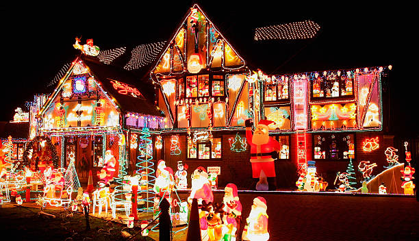 Christmas Decorating Becomes Competitive In The Thames Valley:ニュース(壁紙.com)