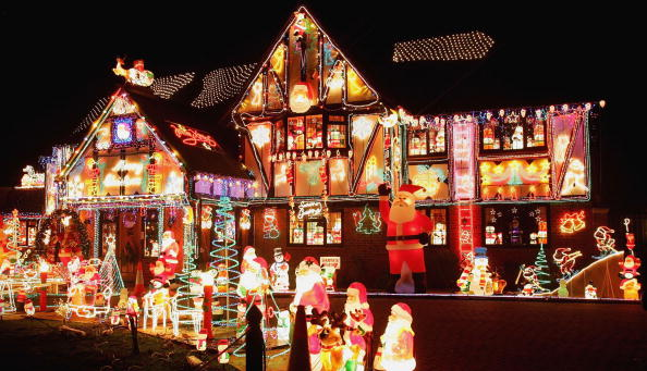 Holiday - Event「Christmas Decorating Becomes Competitive In The Thames Valley」:写真・画像(12)[壁紙.com]
