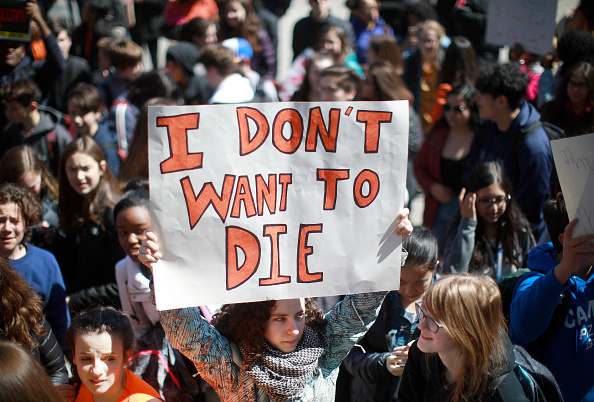Walkout - Protest「Students Across The Country Organize Walkouts In Protest Over Gun Violence」:写真・画像(8)[壁紙.com]