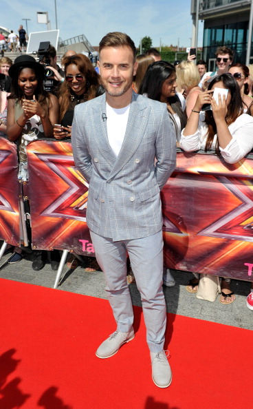 Checked Blazer「The X Factor - London Auditions - Red Carpet Arrivals」:写真・画像(11)[壁紙.com]