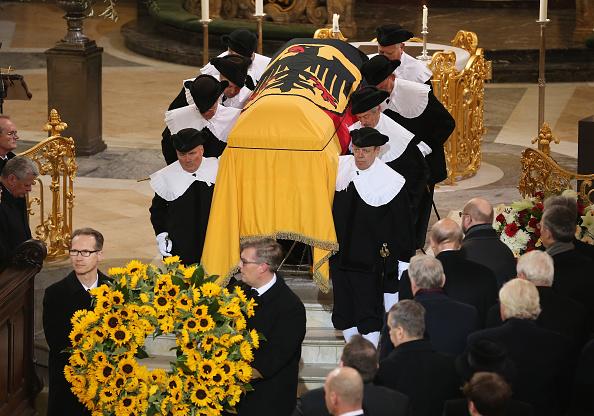Politics and Government「Helmut Schmidt State Funeral」:写真・画像(15)[壁紙.com]