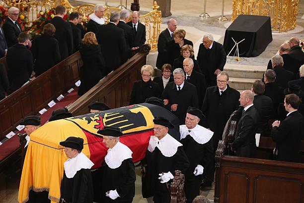 Helmut Schmidt State Funeral:ニュース(壁紙.com)