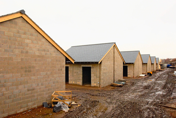 Conformity「New stable complex for Chester Race Course UK under construction」:写真・画像(3)[壁紙.com]