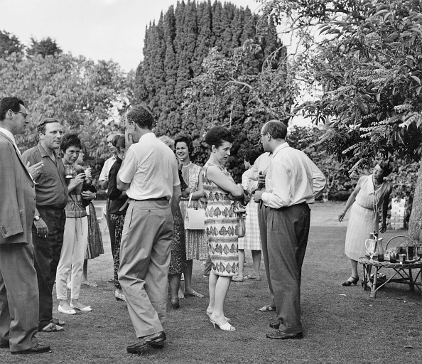 Welsh Culture「Britten's Garden Party」:写真・画像(10)[壁紙.com]