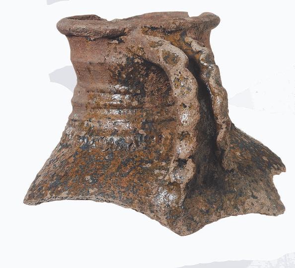 Crockery「London Guildhall Excavations」:写真・画像(0)[壁紙.com]