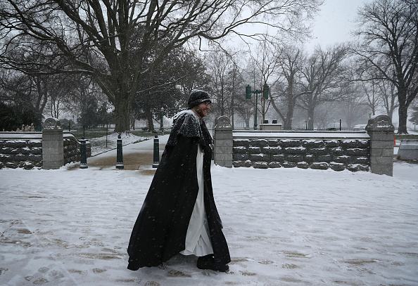 2016 Winter Storm Jonas「Mid Atlantic States Prepare For Large Snow Storm」:写真・画像(12)[壁紙.com]