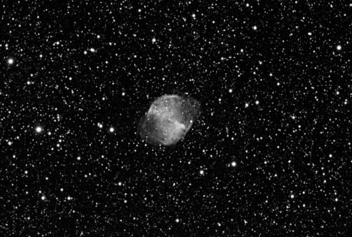 モノクロ「M27, Dumbbell Nebula (B&W)」:スマホ壁紙(16)