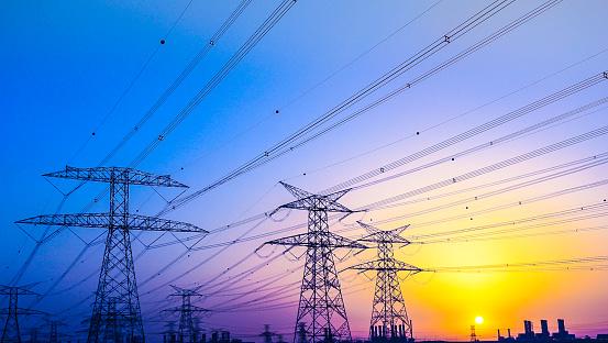 Cable「Electrical Pylons near Jabel Ali, Dubai, United Arab Emirates」:スマホ壁紙(2)