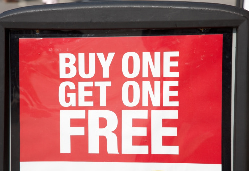 Receiving「Buy and get one free advertising sign」:スマホ壁紙(19)