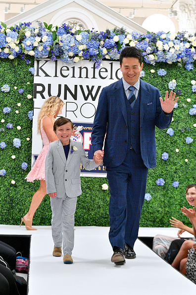 Masahiro Tanaka「Runway Heroes Walk With The Yankees At Kleinfeld」:写真・画像(5)[壁紙.com]