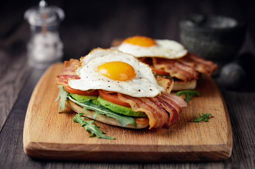 Breakfast「Healthy bacon fried egg brunch」:スマホ壁紙(5)