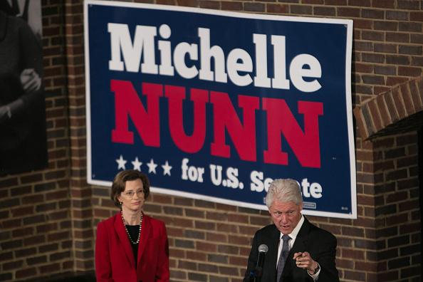 Jessica McGowan「Bill Clinton Campaigns With GA Senate Candidate Michelle Nunn」:写真・画像(19)[壁紙.com]