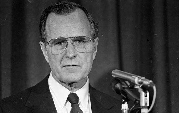 ジョージ・H・W・ブッシュの写真・画像 検索結果 [8] 画像数1,706枚