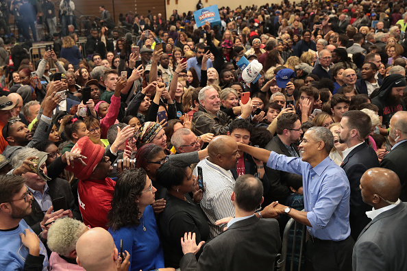 Scott Olson「Former President Obama Campaigns With Wisconsin Democratic Candidates」:写真・画像(7)[壁紙.com]