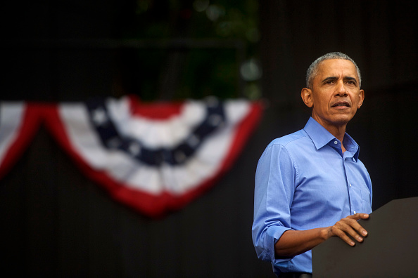 Barack Obama「Barack Obama Attends Campaign Rally For Pennsylvania Democrats In Philadelphia」:写真・画像(6)[壁紙.com]