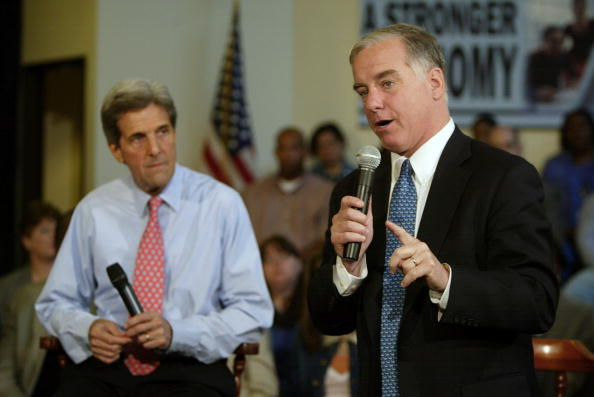 Oregon - US State「Kerry Campaigns In Oregon」:写真・画像(16)[壁紙.com]