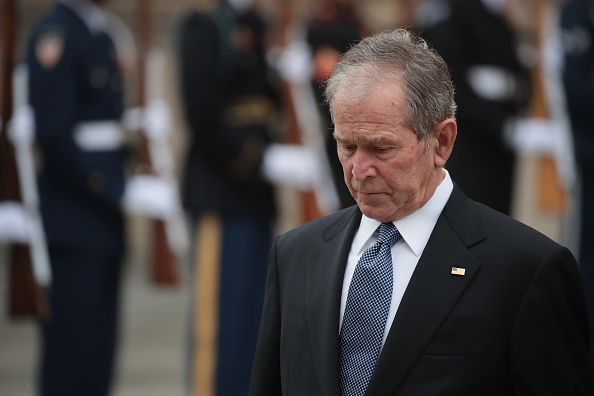 George W「Family and Friends Attend Funeral Service For Pres. George H.W. Bush In Houston」:写真・画像(5)[壁紙.com]