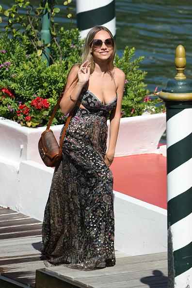 Film festival「Celebrity Excelsior Arrivals During The 77th Venice Film Festival - Day 1」:写真・画像(6)[壁紙.com]