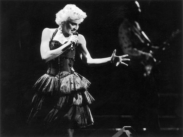 Singer「Madonna in Concert」:写真・画像(11)[壁紙.com]