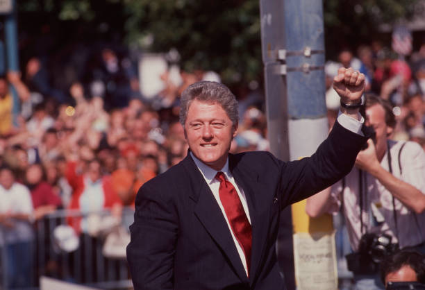 Bill Clinton In The San Francisco Mission District:ニュース(壁紙.com)