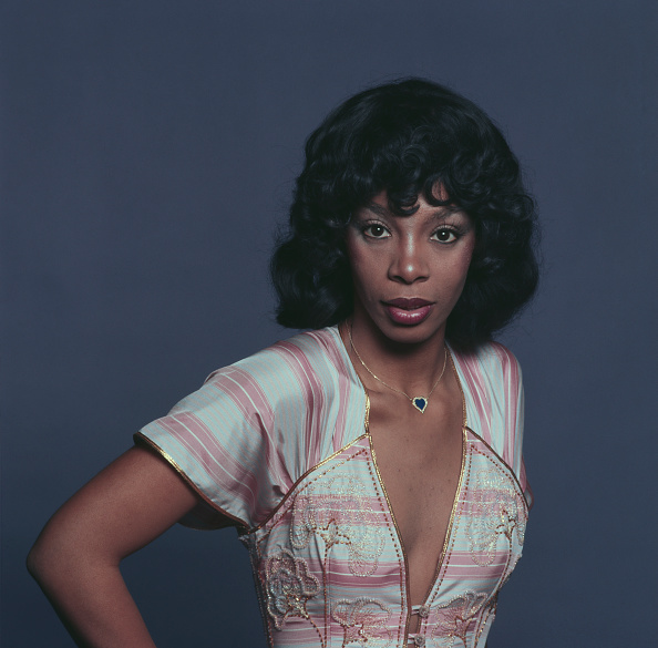 Studio Shot「Donna Summer」:写真・画像(5)[壁紙.com]