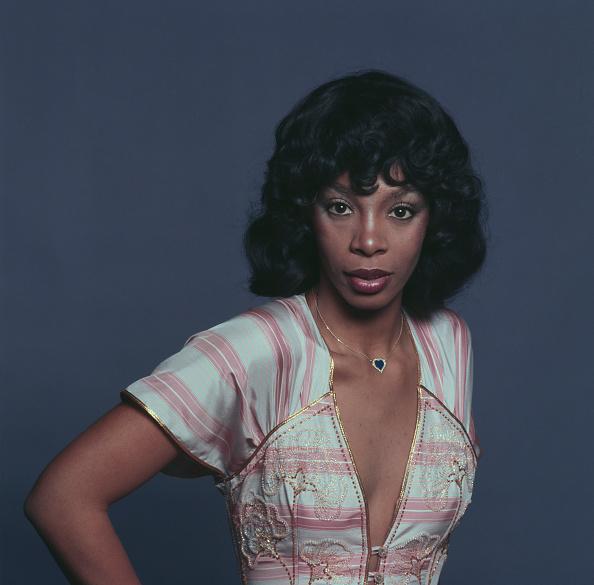 Studio Shot「Donna Summer」:写真・画像(8)[壁紙.com]