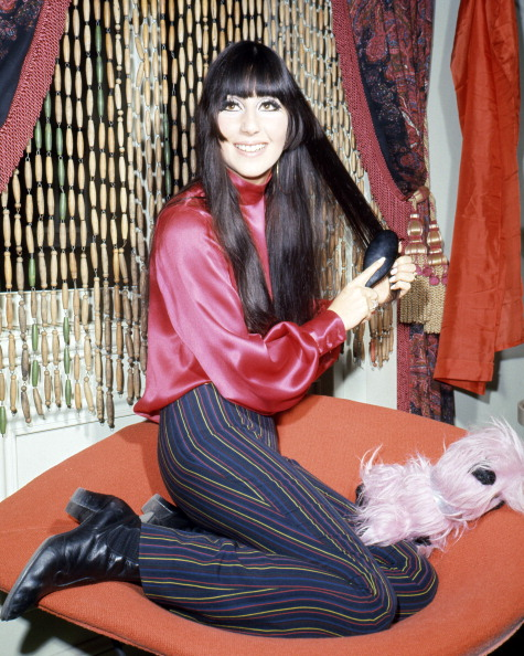 Singer「Cher Brushes Hair」:写真・画像(14)[壁紙.com]