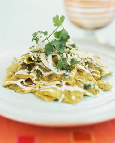 Tortilla - Flatbread「Chilaquiles verdes with epazote」:スマホ壁紙(2)