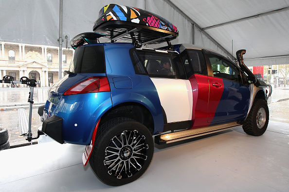 Shane Cameron「Shane Jacobson Launches Concept Car In Circular Quay」:写真・画像(16)[壁紙.com]
