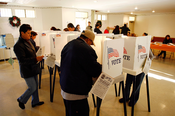 Super Tuesday「California Voters Participate In The State's Pivotal Primary」:写真・画像(13)[壁紙.com]