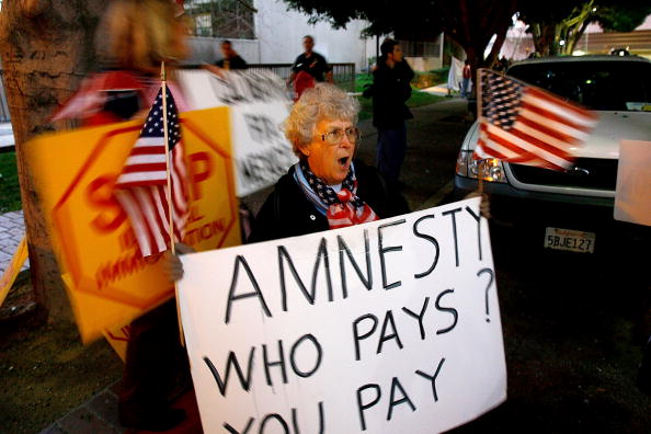 Free Trade Agreement「Mexican Immigrant Groups Protest Calderon Visit To U.S」:写真・画像(3)[壁紙.com]