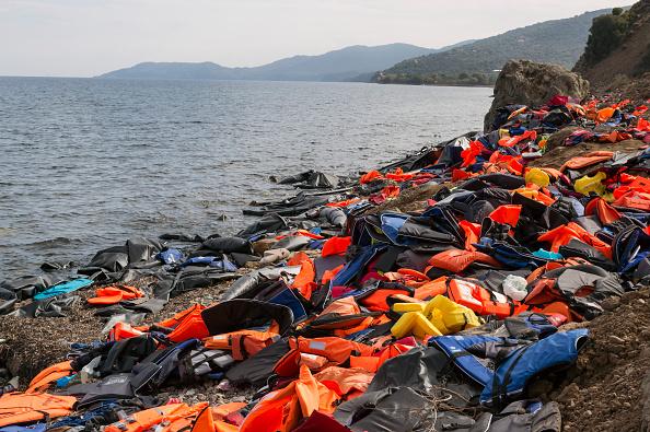 Obsolete「Refugees On Lesbos」:写真・画像(15)[壁紙.com]