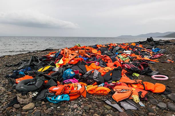 Refugees On Lesbos:ニュース(壁紙.com)