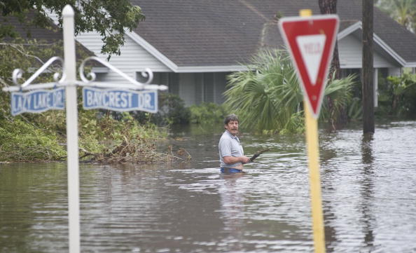 Hurricane Ike「Texas Gulf Coast Cleans Up After Hurricane Ike」:写真・画像(19)[壁紙.com]