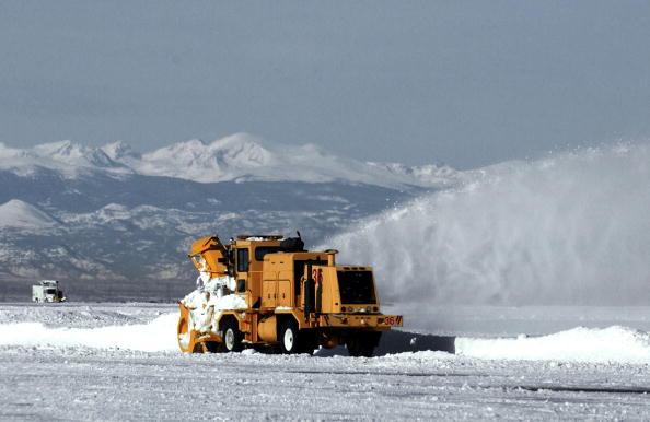 雪が降る「Major Blizzard Paralyzes Denver Area」:写真・画像(18)[壁紙.com]