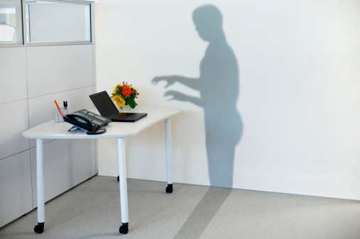 Unrecognizable Person「shadow attempting to use office equipment」:スマホ壁紙(10)