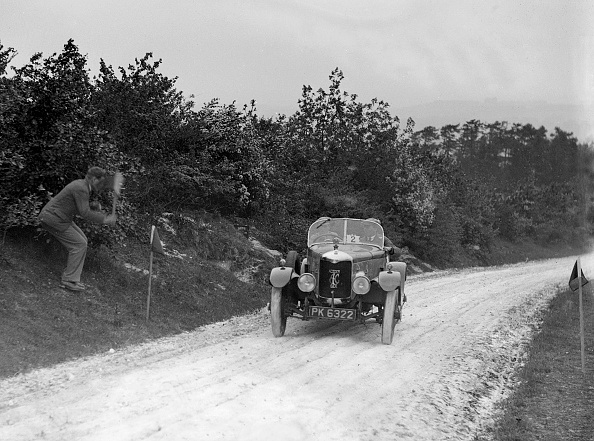 Country Road「AC Acedes Six open tourer taking part in the North West London Motor Club Trial, 1 June 1929」:写真・画像(10)[壁紙.com]