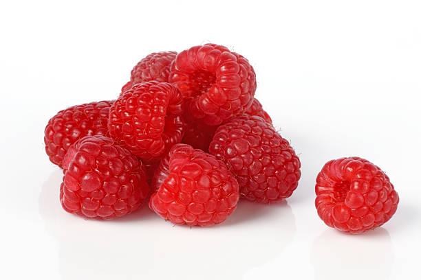 Fresh, ripe raspberries in a pile.:スマホ壁紙(壁紙.com)