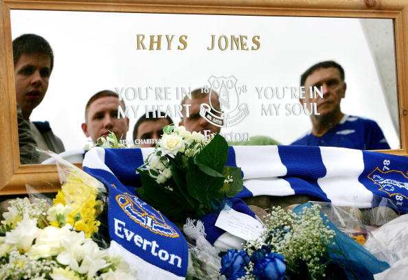 Liverpool F「The Search Continues For The Killer Of Rhys Jones」:写真・画像(8)[壁紙.com]