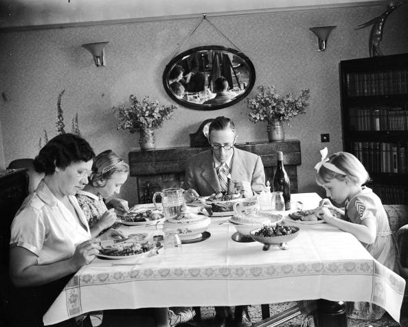 Weekend Activities「Dining Family」:写真・画像(14)[壁紙.com]