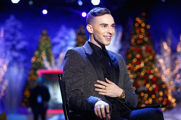 Adam Rippon「Full Frontal With Samantha Bee Presents Christmas On I.C.E.」:写真・画像(3)[壁紙.com]