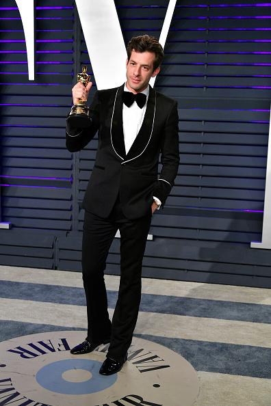 Shallow「2019 Vanity Fair Oscar Party Hosted By Radhika Jones - Arrivals」:写真・画像(12)[壁紙.com]