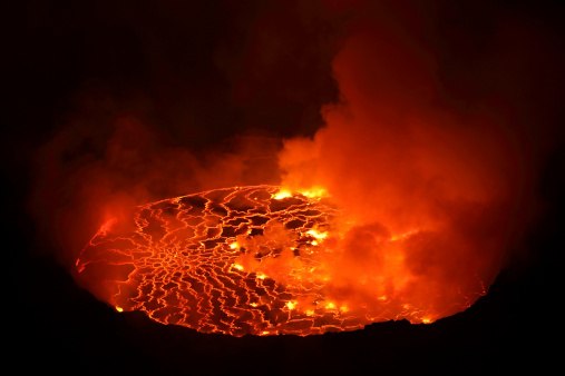 Active Volcano「January 21, 2011 - Nighttime view of lava lake in pit crater, Nyiragongo Volcano, Democratic Republic of the Congo.」:スマホ壁紙(4)