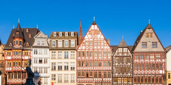 Town Square「Romerberg Square buildings in Frankfurt, Germany」:スマホ壁紙(6)