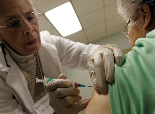 季節「Chicago Begins Giving Out Annual Flu Shots」:写真・画像(2)[壁紙.com]